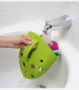 The-Frog-Pod-makes-it-easy-to-rinse-bath-toys-all-at-once